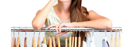 ¿Cómo elegir un modelo de percha para un armario?