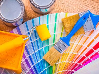 Pinceles y rodillos de pintura: ¿Cuáles son los usos y diferencias?