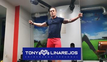 Tony Linarejos: Los beneficios de una sesión de entrenamiento con un entrenador personal