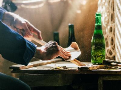 Cervezas Alhambra patrocina  ESTAMPA y apoya el coleccionismo a través del proyecto «Atrévete con el Arte»