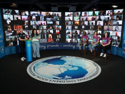 Football for Friendship organiza el Campamento Internacional de la Amistad: Niños de todo el mundo debaten los nueve valores del programa